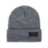 Banheira de venda barato Knit Beanie Hat com logotipo de patch de couro