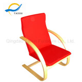 Популярные холодные ослабляют стул с деревянными рукоятками