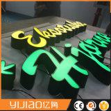 빛난 LED에 의하여 분명히되는 편지 워드