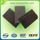 磁気電気絶縁体によって薄板にされるシート(h)