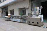 Машинное оборудование пластмассы прессуя для производить медицинский трубопровод CVC