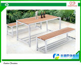 テラスの庭Wood Plastic Leisure Bar TableおよびBar Bench Furniture Set