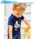 男の子の夏の不足分の袖の綿はTシャツの子供に衣服をした