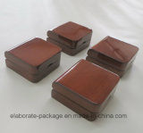 Brown personalizado collar pendiente de madera de la caja de regalo
