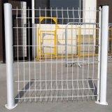 Un fornitore di rete fissa rivestita della maglia del PVC curva tre
