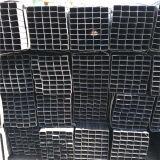 ゲートのための塗られた黒い正方形の管