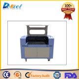 CO2 de la venta caliente de la máquina láser cortador corte Arylic, madera, caucho, Barril, Cuero