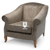 Il sofà classico del velluto dell'hotel ha impostato con le braccia ed i piedini della curva