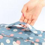 Les doubles sous-vêtements de course d'ouverture les plus neufs cognent le sac de mémoire de soutien-gorge