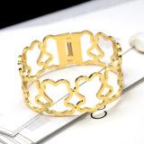 普及したカスタム空の宝石類の方法女性くまの魅力の腕輪