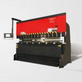 Freno inferior plateado de metal de la prensa del CNC del mecanismo impulsor de la hoja serva electrohidráulica de Tr10030 Amada