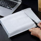Anuncio publicitario polivinílico del bolso gris plástico impermeable del embalaje