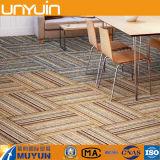 Cáscara de la mancha de óxido y azulejo resistentes del vinilo de la alfombra del palillo para la oficina