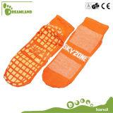 Выскальзование высокого качества 2017 оптовых продаж анти- Socks носки Trampoline йоги младенца изготовленный на заказ