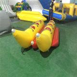 Il doppio rema la barca di banana gonfiabile da vendere