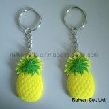 Keyholder en plastique doux pour les cadeaux promotionnels de fruit, côté de double de trousseau de clés de PVC