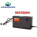 36V50ah電気自転車および自動車に使用するスマートな鉛酸蓄電池の充電器