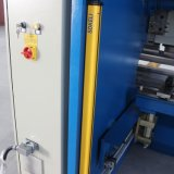 Frein de machine à cintrer/presse de plaque de barre hydraulique de torsion avec E200