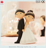 Figura diminuta presentes da noiva e do noivo da resina da decoração do casamento