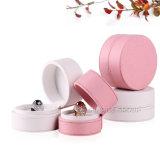 Розовая плоская коробка ювелирных изделий подарка верхнего круга упаковывая