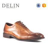 Nuevo diseño de calidad superior a los hombres zapatos de vestir de cuero de vaca