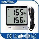 長いセンサーのデジタル温度の温度計が付いているデスクトップの大きいパネル