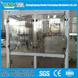 통조림으로 만들어진 주스 기계 또는 주스 병조림 공장