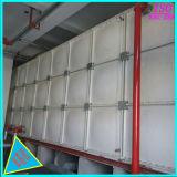 Lutte contre les incendies de l'eau Assemblage du panneau de PRF de stockage de réservoir d'eau sur la construction de toit