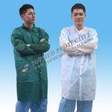 Caldo! Cappotto non tessuto dell'ospite ospedale/del laboratorio, cappotto bianco a gettare del laboratorio del polipropilene