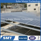 Strutture di serraggio del supporto di METÀ DI racking solare solare di alluminio del morsetto