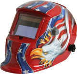 De Auto van het Beeld van de adelaar verdonkert de Helm van het Lassen