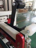 Machine complètement automatique de garniture du joint de bord de carton