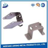 Aufgetragener Edelstahl-Herstellungs-Schlüssel, der Teile mit Puder-Beschichtung stempelt