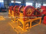 熱い販売のディーゼル顎粉砕機、機械、ディーゼル機関を搭載する移動式砕石機を押しつぶす鉱山