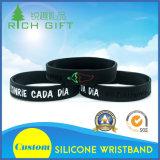 Fornitore della Cina per oscurità nel Wristband del silicone di incandescenza