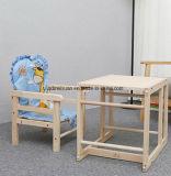 高い椅子(M-X3062)を食事している純木の子供