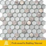 A Decoração de parede de 8 mm a mistura de mosaico de vidro hexagonal com Metal