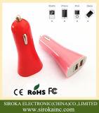 Carregador duplo de venda quente do carro do carregador 5V 3A do carro do USB do estilo de Rocket com cores personalizadas