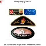 Tag macios do PVC com logotipo gravado 3D para os vestuários (YH-RL020)