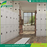 Armario resistente de la gimnasia de la puerta HPL de agua HPL 15