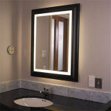Espejo iluminado enmarcado de la pared del LED de madera para el hotel
