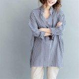 Nuovo modo più le camice lunghe delle camicette del plaid delle donne di formato