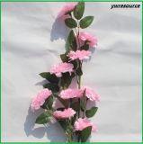 Fiori artificiali di seta poco costosi Rosa falsa per i grossisti della decorazione di cerimonia nuziale