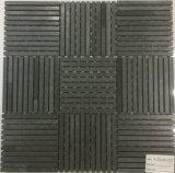新しく白くか黒く薄い柄の大理石のモザイク・タイル
