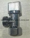 Valvola di angolo d'ottone del bicromato di potassio di qualità di OEM&ODM con la maniglia di plastica (AV3012)