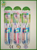 Superqualität mit Aufkleber auf dem Packen mit Cer-anerkannter glänzender Karten-Erwachsen-Zahnbürste