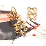 Monili geometrici a più strati punk d'avanguardia di modo dell'argento di stile/anello di Oro-Colore