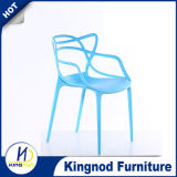 식당 가구를 위한 의자를 식사하는 도매 현대 싼 다채로운 겹쳐 쌓이는 플라스틱