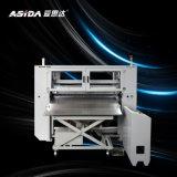 Máquina de cortar material preimpregnado asida