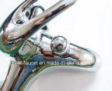 Qualidade Bathroom Faucet em Good Chrome